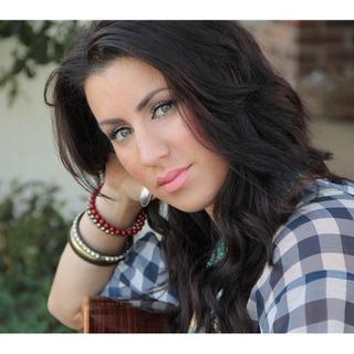 ITNS Radio July Featured Artist of the Month Summer Overstreet!!!