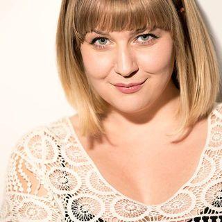 Jennifer Acker Shines in 'Freaky Friday' at Horizon Theatre