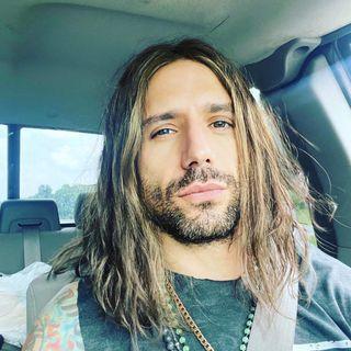 Hugo Ferreira - Singer (Tantric)