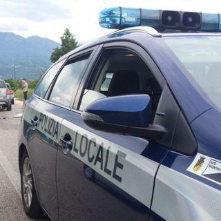 Scontro auto-camion sulla Sp46: nessun ferito ma traffico in tilt