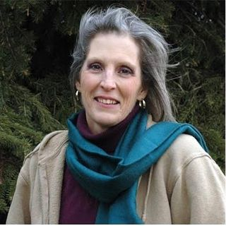 Presents Lorinda Weatherall on Holistic Hot Talk Radio