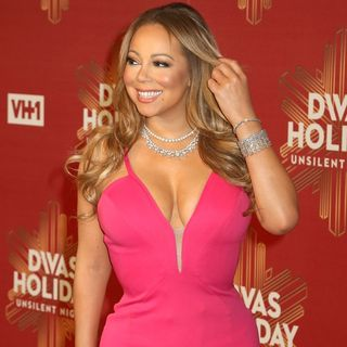 Mariah Carey Storms Out Of 2016 With A Technical Meltdown