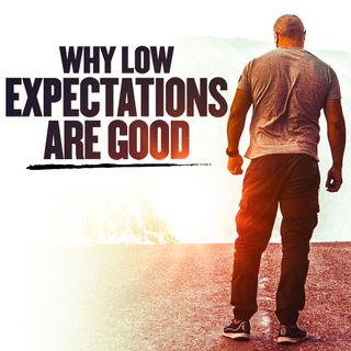 #341 Happiness - Why Low Expectations Are Good