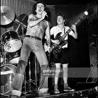 Classicos do Rock Podcast #0675 #TheRollingStones #MotleyCrue #Queen #oscars #spiderman #dumbo #shazam #twd #cobrakai #mrrobot #classicrock