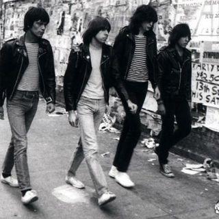 PLAYLIST #0919 CDR PRODUCTIONS #Ramones #TalkingHeads #IggyPop #FooFighters #yoda #r2d2 #c3po #darthvader #hansolo #skywalker #leaskywalker
