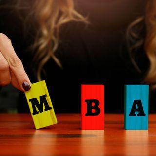 ¿Es mejor un MBA presencial o hacerlo online?
