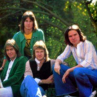 """Andiamo al 1977 per parlare della hit """"Baby come back"""" dei Player, band di cui faceva parte anche l'attore Ronn Moss."""