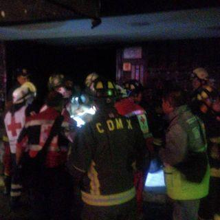 Muere una personas en incendio en Unidad Tlateloco