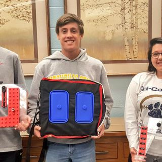 Mass. Students Invent Tool Pouch For Astronauts