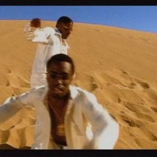 Puff Daddy [feat. Mase & The Notorious B.I.G.] - Been Around The World (Official Music Video)P. Diddy [feat. Nelly & Murphy Lee] - Shake Ya