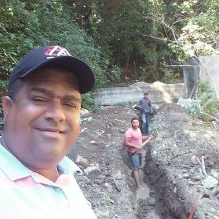Omar Cuevas supervisa acueducto de La Caya