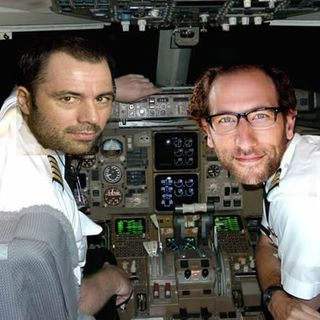 Podcast on a Plane (Joe Rogan, Ari Shaffir)