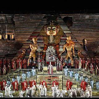 Tutto nel Mondo è Burla  - stasera all'opera  - G. Verdi Aida