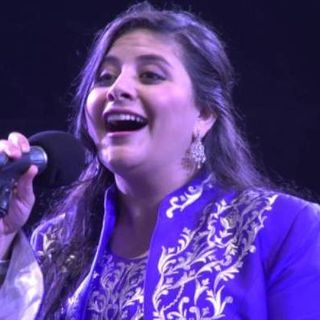 Sanaa Moussa - Sawtoka Ya Shaabi (Official Music Video) سناء موسى - صوتك يا شعبي_160k