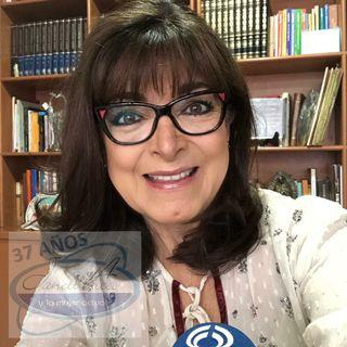 """Dominika Paleta presentó su libro """"Viva la Vida: Recetas para nutrirte en cuerpo y alma""""."""