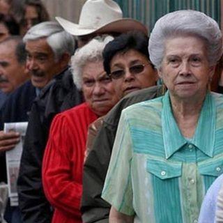Piden empresarios apoyo al congreso para cumplir con la reforma de pensiones