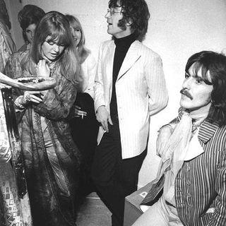 Playlist Classicos do Rock Podcast #FleetwoodMac #GaryMoore #ElvisPresley #avengers #godzilla2 #woody #buzzlightyear #groot #hulk #thor #bll