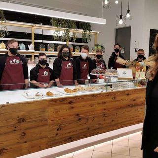 "La ministra Stefani in visita al Sanga Bar dell'Engim: ""Una eccellenza"""