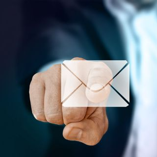 Create your email signature in seconds - Digital Marketing Legend Leaks