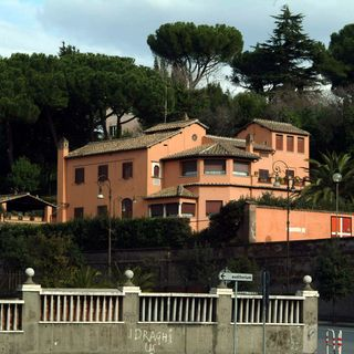 Apre Villa Sordi, grande mostra per il centenario della nascita di 'Albertone'