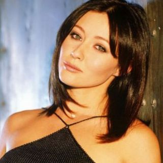 Shannen Doherty compie 50 anni