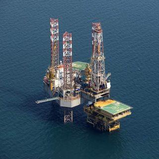OPEP busca consenso para prolongar recorte