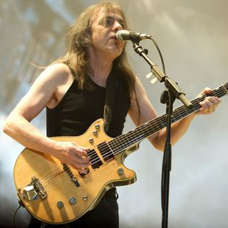 AC/DC Guitarist Malcolm Young Passes Away @ 64 +