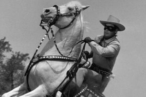 36: #LTT - Listen To This Top 5 - A man on a horse in LA to the rescue edition...