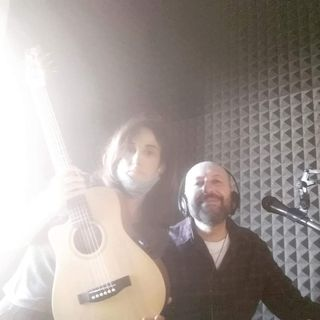 Broken Guitar Session with Emmanuelle Sigal