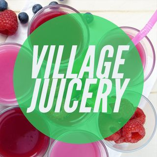 Maggie and Gabby from The Village Juicery!