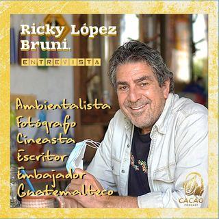 E11 Ricky López Bruni / Autor Serpiente Emplumada y Guatemala Inédita / Ambientalista, fotógrafo, cineasta, escritor de libros, Embajador...