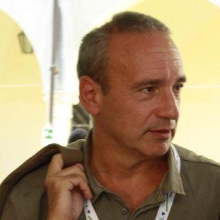 """Enrico Franceschini giornalista e scrittore : """" Non e' vero in Uk i controlli li fanno 10 mila al giorno"""""""