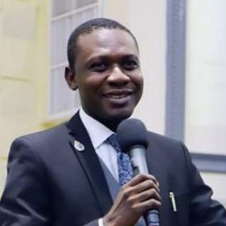 Oluwatobi Olukowajo's podcast