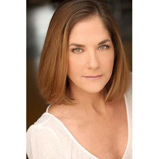 EP 87 - SOAPS IN REVIEW SPECIAL GUEST ACTRESS KASSIE DEPAIVA & THEN SOAP RECAPS