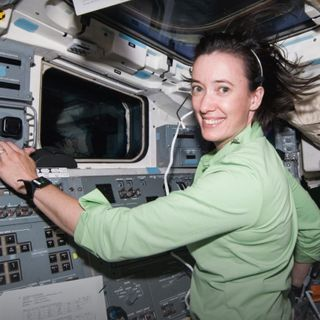 A NASA astronaut's lessons on fear, confidence and preparing for spaceflight | Megan McArthur