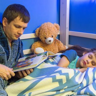 🎤 PODCAST • Communication ~ Voicing concern about dad falling asleep with 11 year old daughter.