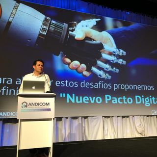 Fabián Hernández, Presidente CEO de Telefónica propone un nuevo pacto digital