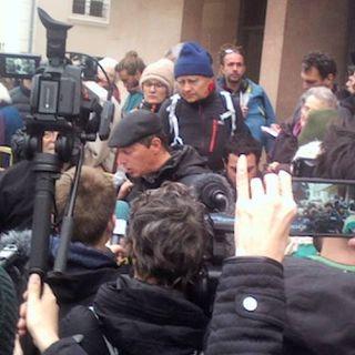 Tutto Qui - venerdì 14 dicembre: Condannati i 7 solidali della manifestazione a Monginevro
