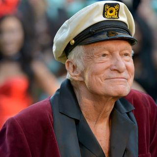 RIP Hugh Hefner, Timberlake at Superbowl & Cher Show on Broadway