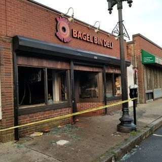 Revere Beach's Bagel Bin Deli Burns Down