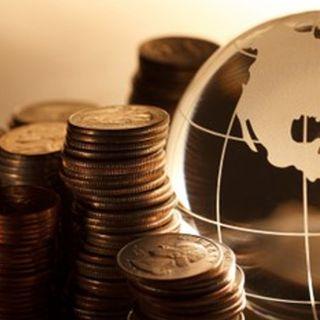 """FMI: Economía global espera repunte """"precario"""" en 2019"""