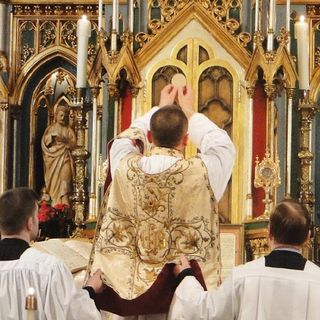 Eucharistic Clergy