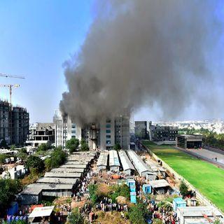 Se incendia fábrica