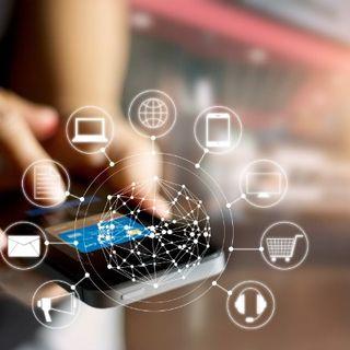 Comment réseauter efficacement en ligne en cette période de reprise ?