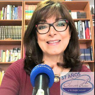 """María Elena González Leite, Meg, con el tema: """"Así demuestras tu amor""""."""