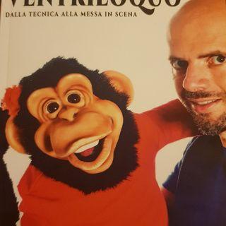 Come Fare Il Ventriloquo Di Nicola Pesaresi: La Posizione Del Pupazzo Rispetto All'Attore