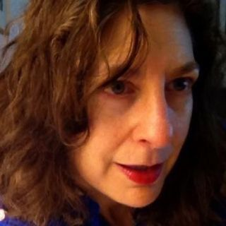 EP 48: The Looking Glass: Poetry During Pandemic with Carla Sarett