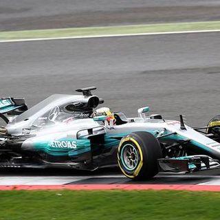 Formula 1, nel GP della Toscana solita doppietta Mercedes: Hamilton ipoteca il Mondiale. La crisi Ferrari continua