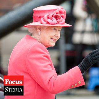 Tutti i segreti della regina Elisabetta | Enrica Roddolo
