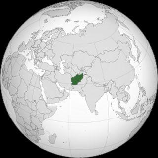 Presidente do Afeganistão foge do país diante de ofensiva talibã